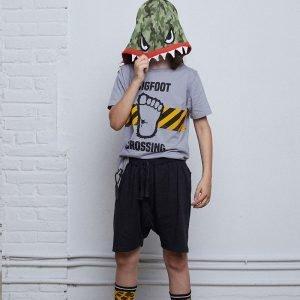 t-shirt menino menina com som pé grande Planta Kids 1